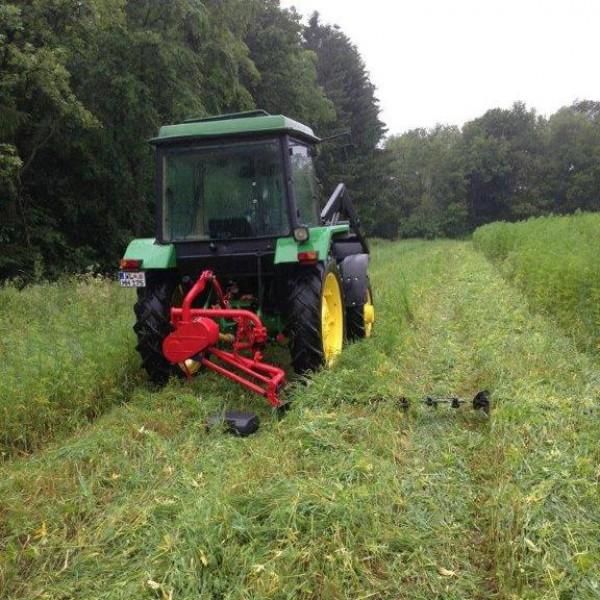 Hanfernte – Wenn der Trecker seine Bahnen fährt